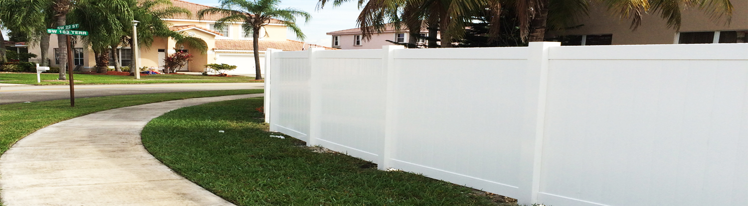Broward county vinyl fence installation