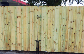 wood fence broward county